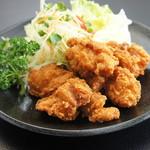 鳥取砂丘にいちばん近いドライブインレストラン砂丘会館 - 人気の大山ハーブ鶏使用