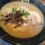 麺房 十兵衛 - 特濃醤油極 太麺
