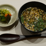 銀座風月堂 - お新香、味噌汁