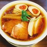 85542434 - 特製醤油らぁ麺、大盛り、980円(税込み)