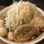 眞久中 - 【2018.5.7】ラーメン並盛¥800+豚一枚追加¥100+うずら¥100