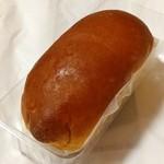 85546694 - たっぷりクリームパン(180円)