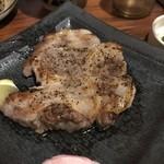 泡盛と沖縄料理 龍泉 - あぐー塩焼き