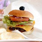 SANDWICHES CAFE ルヴァン - 料理写真:ハンバーガー アップ