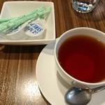 シーフード&スペインバル Azul - 食後に紅茶