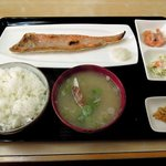 お食事処 丸味屋 - 丸味屋 「紅鮭ハラス定食」