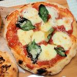 さるうて イタリアリストランテ - 自家製ナポリピッツア・マルゲリータ