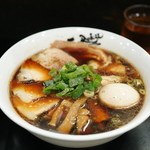 麺屋 丈六 - 料理写真:中華そば チャーシュー