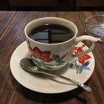 やじろべえ珈琲店 - 二杯め、コロンビア 450円