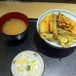 8557238 - 野菜天丼