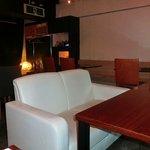 渋谷貸切パーティースペース アジト ワンダーダイニング - 広めのソファー