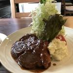 洋食ますだ - 大きな豚ロースにデミグラスソースたっぷり、キャベツもてんこ盛り!(2018.5.9)