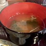 地鶏と焼酎 とりちゅう   - 鶏出汁味噌汁