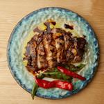 新潟産もち豚と京野菜の炙り焼き たまりにんにく醤油で