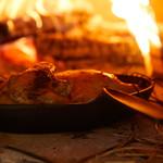 藁の香る 熊本天草大王地鶏の窯焼き 南部鉄器で