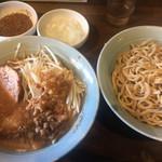 立川マシマシ - つけ麺・野菜少なめ・アブラマシ・カラメ