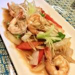 プロォーイ タイ料理 -
