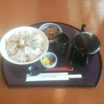 紀ノ川水了軒 - 料理写真:「梅まだい」熱々さらさら鯛茶漬け 1180円
