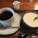 欒 - 料理写真:レアチーズケーキセット 700円