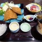 湯茶寮マルト - ランチ(鯵フライ定食)