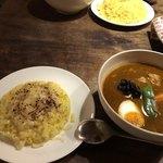 SHO-RIN - 炙りチーズオンザライス♡と角煮カリー