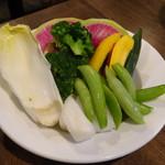酒場~ルDEN - バーニャカウダの追加の野菜(630円)