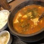 カルビ丼とスン豆腐専門店 韓丼  北名古屋店 - 海鮮スン豆腐定食