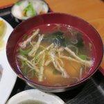 85593879 - 煮干し出汁の味噌汁 美味