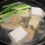 備長炉端 その - 桑名産ハマグリの鍋