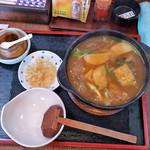 つる鶴 - 料理写真:カレー煮込みうどん