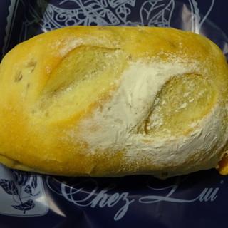 シェ・リュイ - 料理写真:豆乳パン(クルミ・アップル)