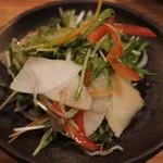 なきぼくろ Dining - じゃこと水菜のサラダ