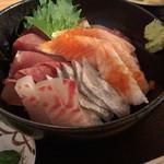 おさかな料理 - 上海鮮丼
