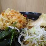 名代 箱根そば - 桜海老のミニかき揚げと甘鯛天そば