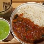 スープストックトーキョー 西宮ガーデンズ店 - カレーとスープのセット