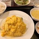 随苑 - 海老と玉子炒め定食 750円。