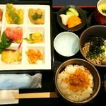 山茶花 - 山茶花御膳1600円(抹茶と甘味付き)