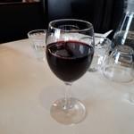 Restaurant LE MiDi - グラスワイン赤500円也。なかなか美味しい。