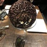 Sapporo Sweets Garden Mero's Bar - 綺麗なドーム型のチョコが魅力。 トロワショコラパフェ