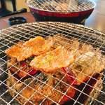 和牛焼肉 漢江 - ひっくり返して(*゚0゚)ワーオ