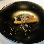 85630552 - 季節の温前菜                       イタリアパドヴァ産ホワイトアスパラのボリート                       マッシュルームとサマートリュフのデュクセル                       千代幻豚のラルド添え