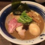 麺処 景虎 - 料理写真:特製こってりラーメン 980円 無料で中盛りに