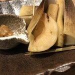 ワイン・寿司・天ぷら 魚が肴 - 焼き筍