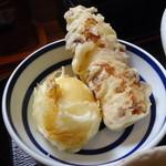 江戸堀 木田 讃岐うどん - 半熟玉子とちくわの天ぷら(250円)