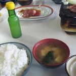 焼肉バンバン - とり定食 \800
