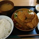 トロ兄ィー食堂 - マグロカツ定食