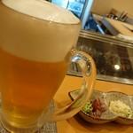 肴美酒中山 - 生ビールとお通し