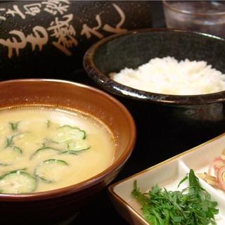 宮崎の郷土料理とオススメ地酒が勢ぞろい☆