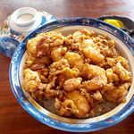 銀座 天國 - 天國特製かき揚げ丼(¥3240)。海老と小柱を贅沢に使った、天國のフラッグシップ!