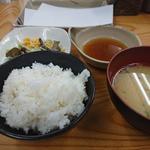 こだわり亭 - ・四季の天ぷら定食 810円